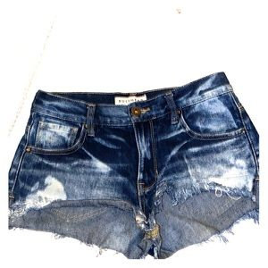 Slouchy short denim shorts